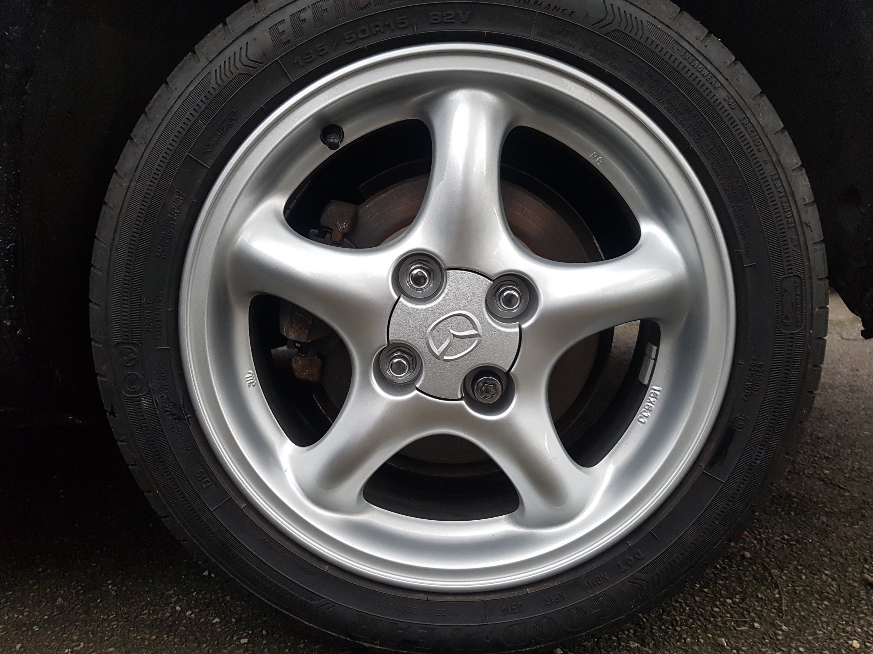 Original Mazda 15 x 6 Alloy Wheel set