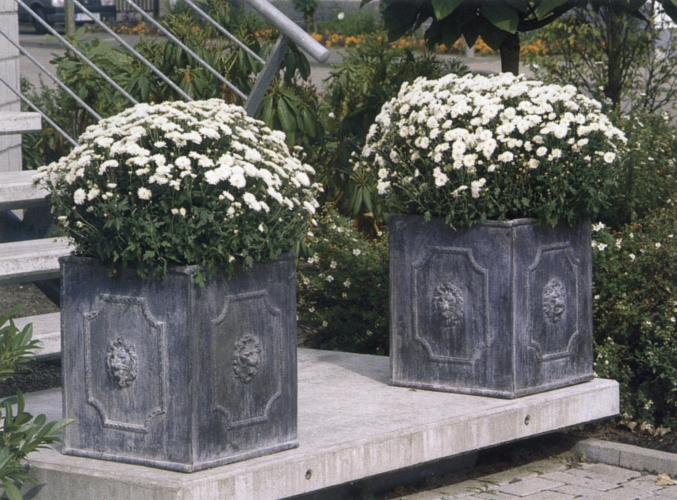 Regency Square Lead Planters