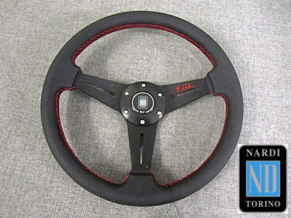 Steering Wheels & Gearknobs