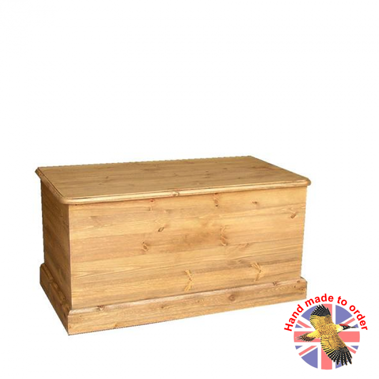 Cottage Pine Storage Box