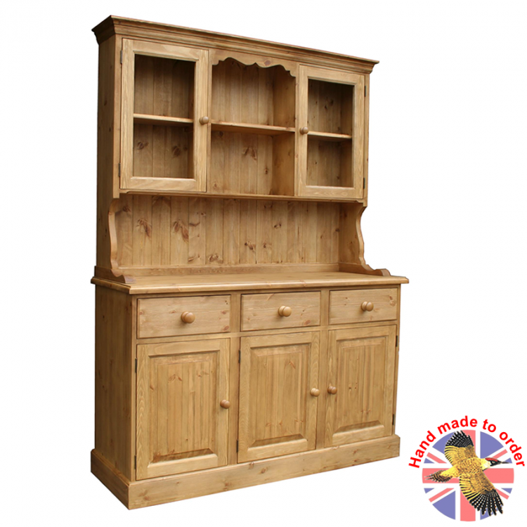 Dressers & Display Cabinets