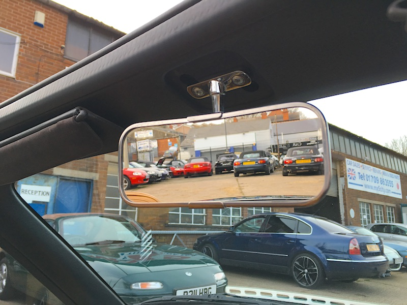 Classic style interior rear-view mirror
