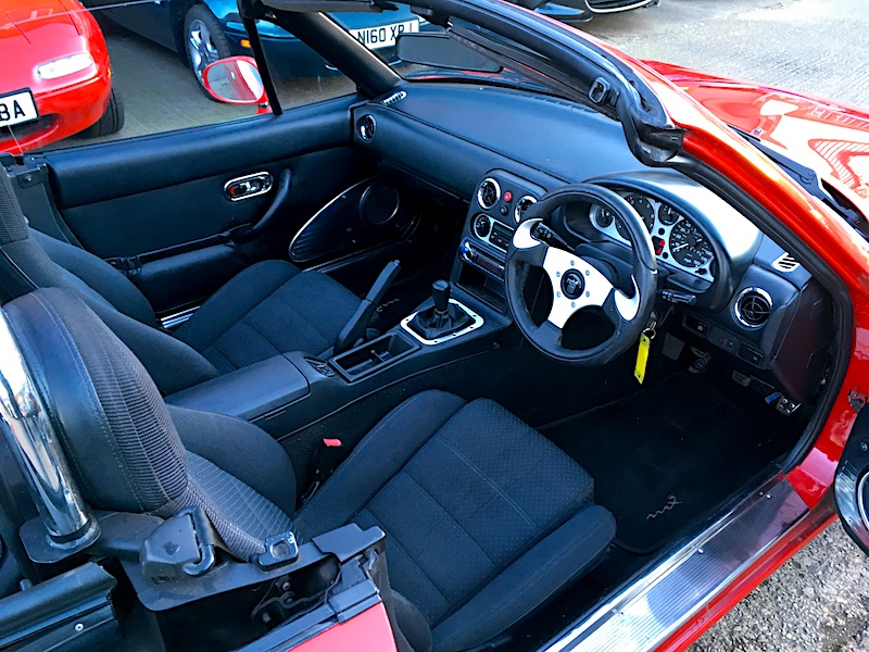 1994 Mazda Eunos Mk1 1.8 in Classic Red with black Mohair hood