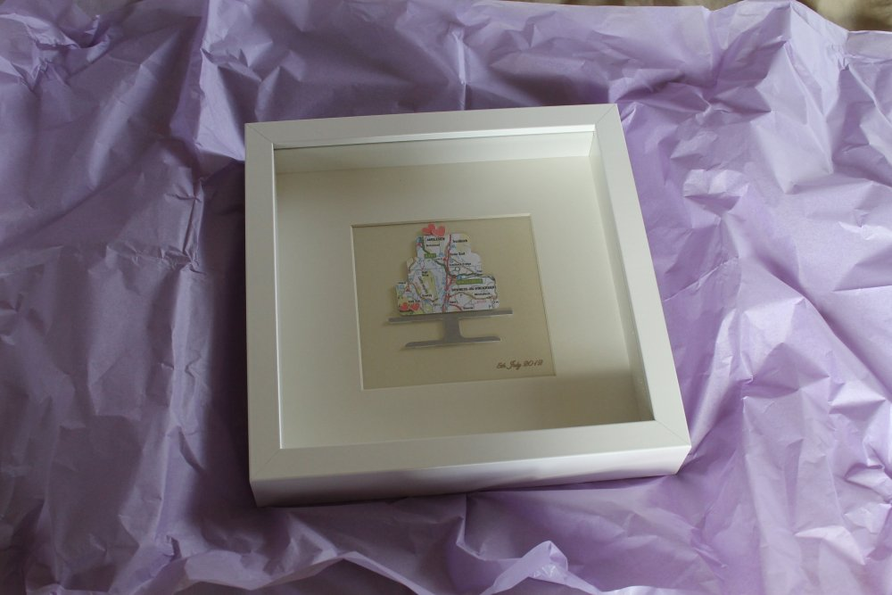 Wedding cake map frame