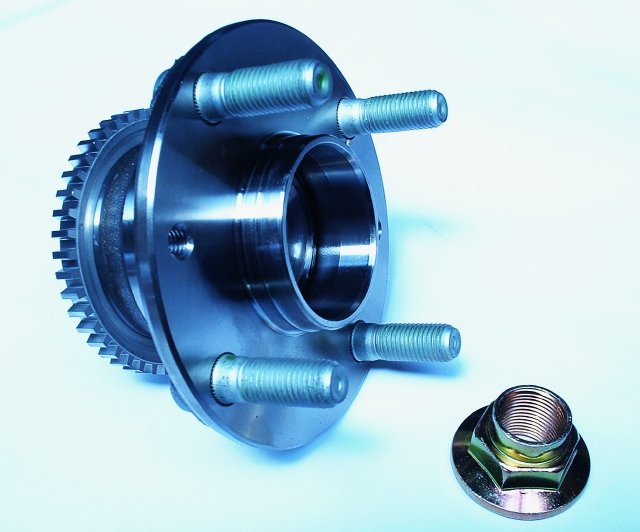 MX5 Front wheel hub and bearing kit with ABS
