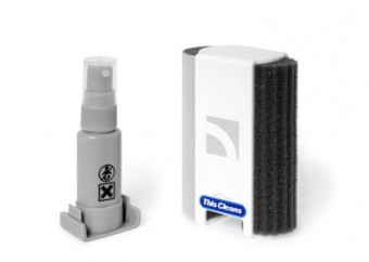 THIS CLEANS IPAD ALL IN ONE ANTI-BAC SYSTEM