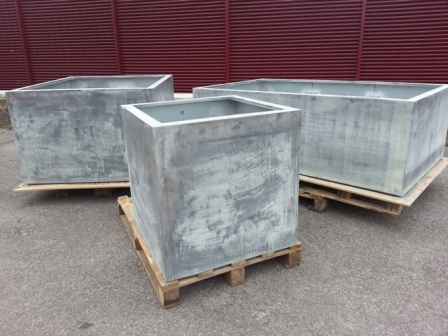 Plain Stainless/Lead Planters