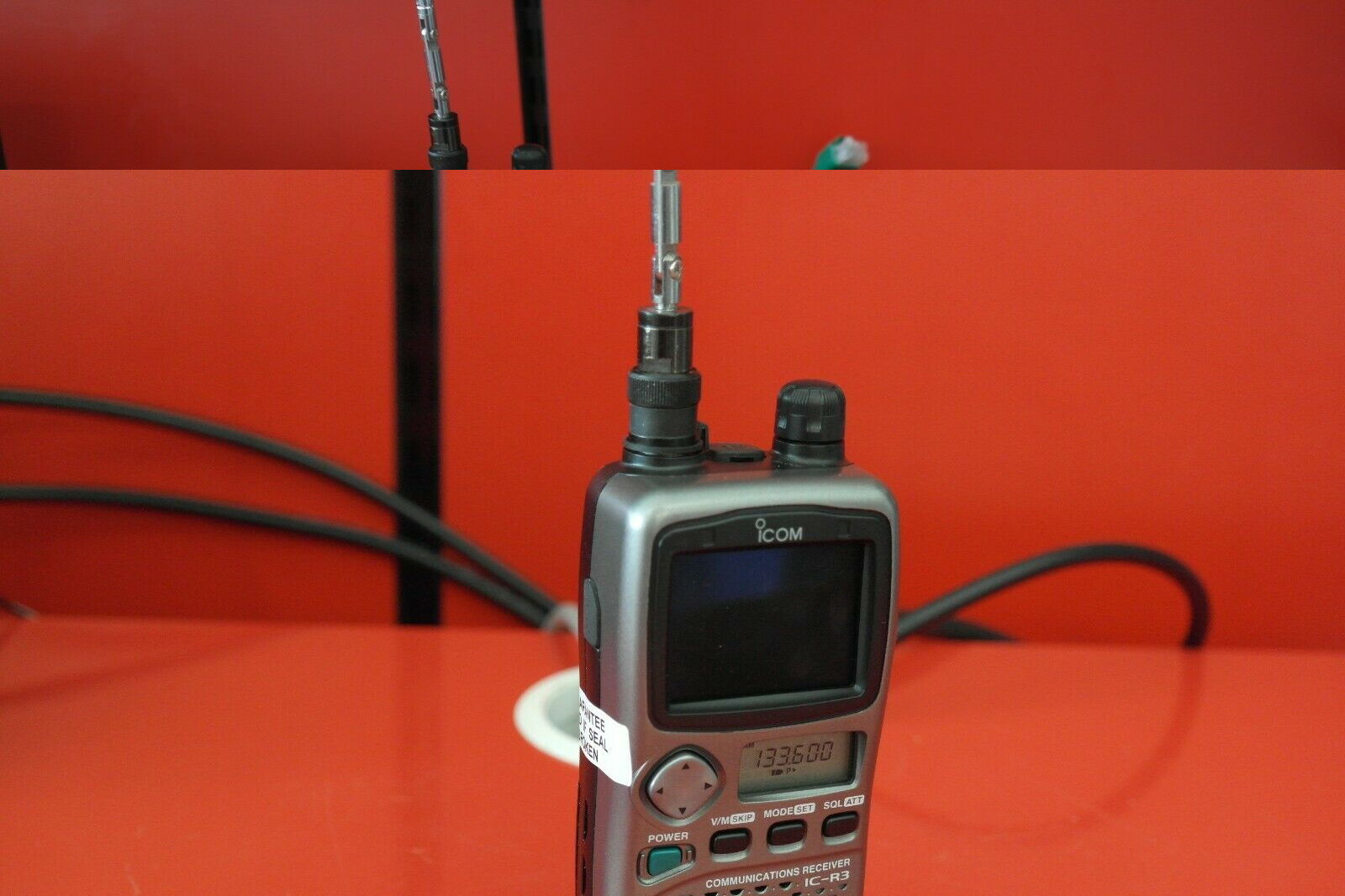 Second Hand Icom IC-R3 Handheld Scanner Receiver 3