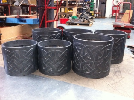 Celtic Round Lead Knotwork Planter