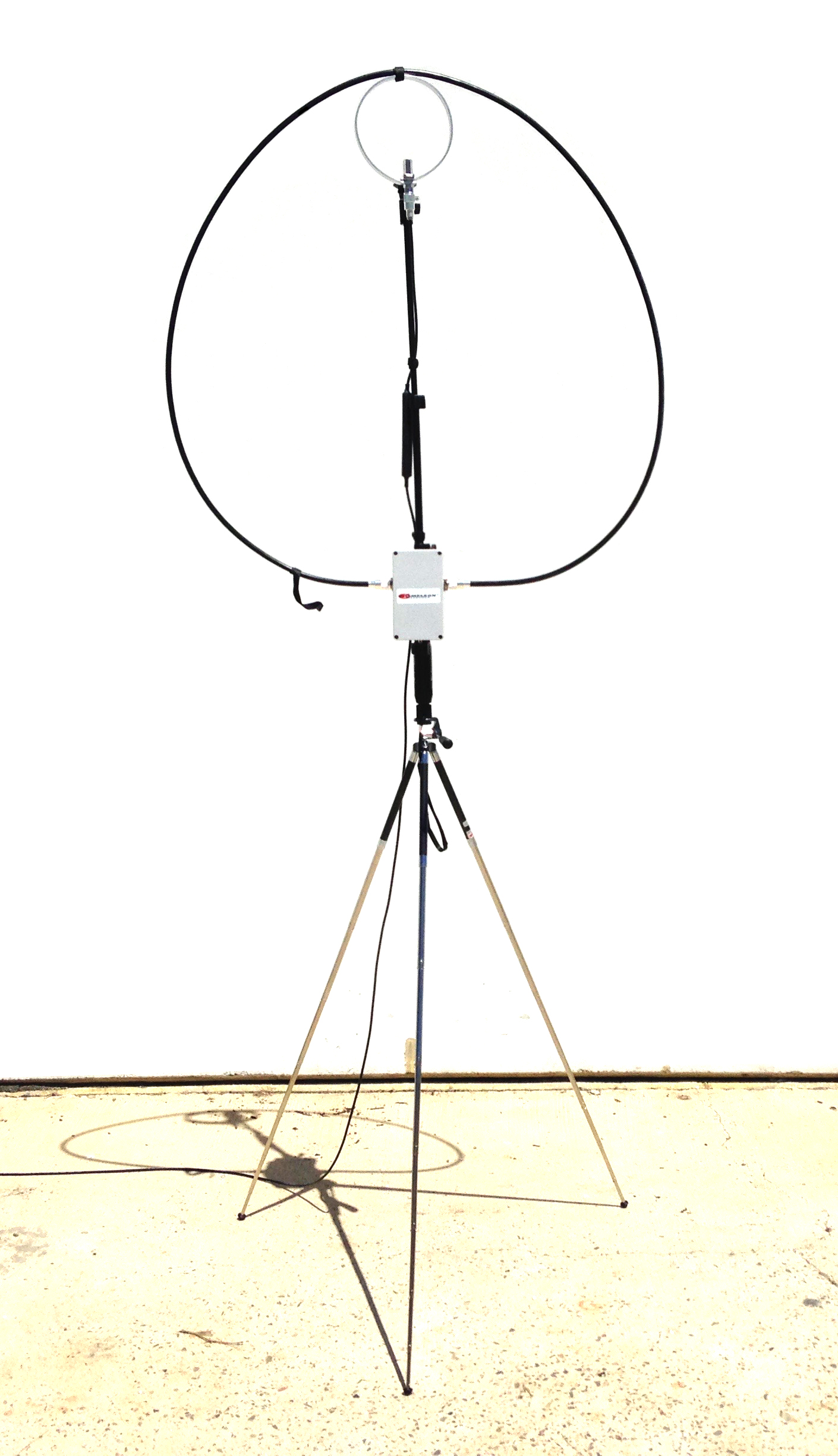 CHA P-LOOP Portable HF Antenna Covering 6.0 MHz to 30.0 MHz 1