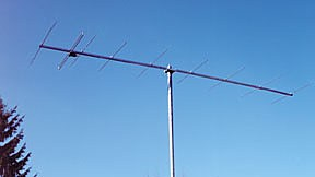 220309 Tonna 2m 9 element Yagi antenna 144 to 148 MHz