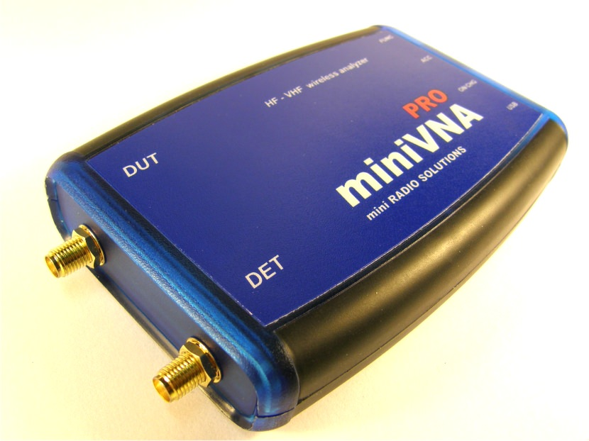 miniVNA PRO2 Wireless Antenna Analyzer using Bluetooth technolog